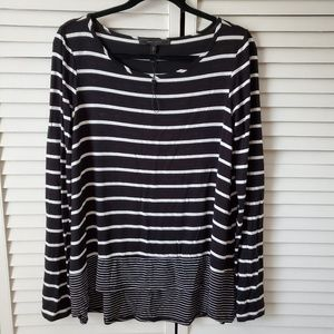BCBG cozy shirt with long back medium